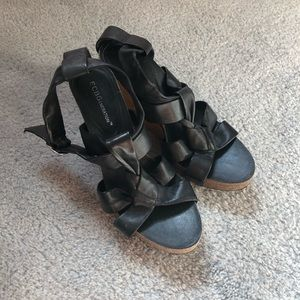 BCBGeneration Black Wedges